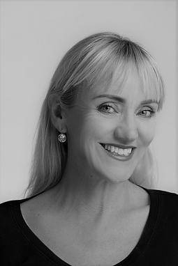 Tracey Stretton